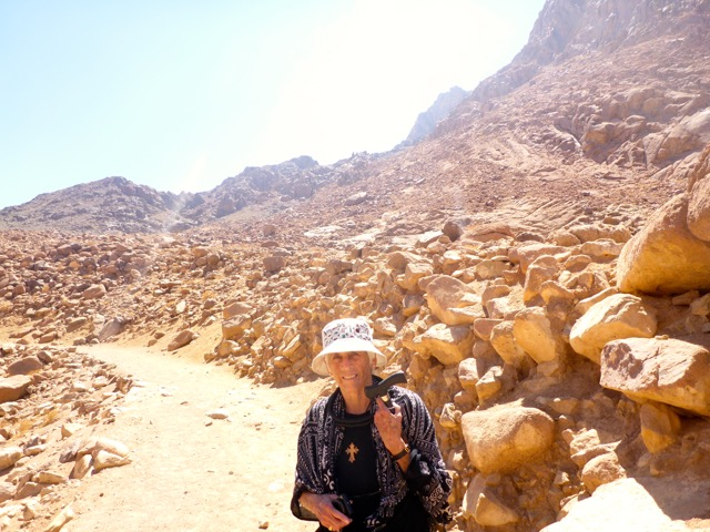 okwe-tried-mt-sinai-peak-in-background